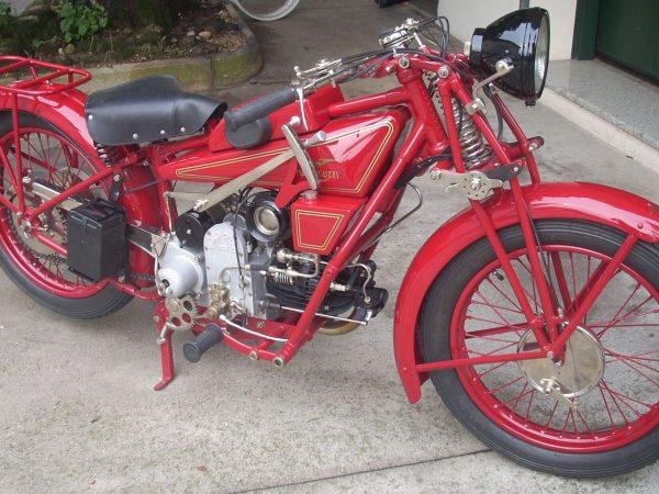 Moto Guzzi sport 14 1930 @ Owens moto classics