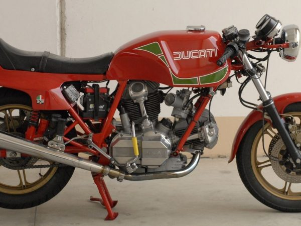 Ducati MHR 1980 @ Owens moto classics